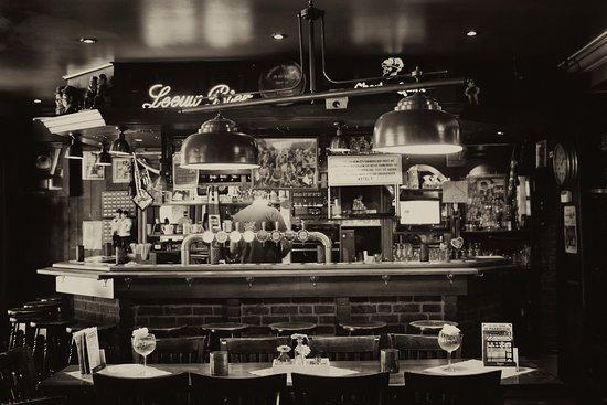Café De Paardestal